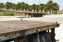 Παλαιά πλαίσια φορτηγών υπαίθρια στην Ισπανία στοκ εικόνες