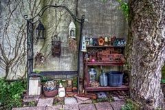 Παλαιά πράγματα κήπων στοκ φωτογραφία με δικαίωμα ελεύθερης χρήσης