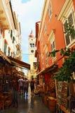 Παλαιά πόλης εμπορική οδός Ελλάδα της Κέρκυρας Στοκ φωτογραφίες με δικαίωμα ελεύθερης χρήσης