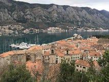Παλαιά πόλη στο Μαυροβούνιο στοκ εικόνες
