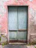 Παλαιά πόρτα χαρακτήρα στοκ φωτογραφίες