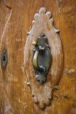 Παλαιά ρόπτρα πορτών Στοκ φωτογραφία με δικαίωμα ελεύθερης χρήσης