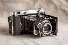 Παλαιά παλαιά σοβιετική κάμερα στοκ φωτογραφίες
