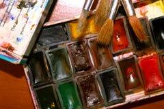 Παλαιά σπάνια χρώματα watercolor Σοβιετικές watercolors και βούρτσες στοκ φωτογραφίες