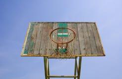 Παλαιά στεφάνη καλαθοσφαίρισης. Στοκ Εικόνα