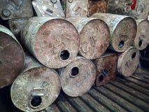 Παλαιά χημικά εμπορευματοκιβώτια Στοκ Φωτογραφίες