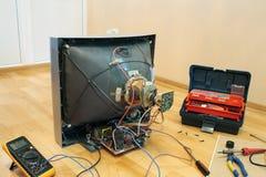 παλαιά TV ανακαίνισης Στοκ φωτογραφίες με δικαίωμα ελεύθερης χρήσης