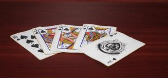 Παλαιές κάρτες παιχνιδιού στον πίνακα, μέγιστο πιάνο λάμψης στοκ φωτογραφία