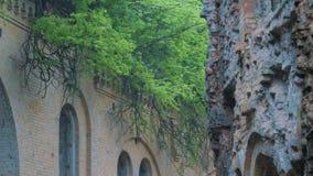Παλαιές καταστροφές τούβλου φιλμ μικρού μήκους