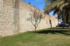 Παλαιές οδοί της πόλης Faro στην Πορτογαλία στοκ εικόνα