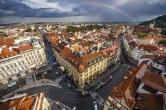 Παλαιές πλατεία της πόλης της Πράγας και εκκλησία της μητέρας του Θεού πριν από Tyn στην Πράγα, Δημοκρατία της Τσεχίας Στοκ Εικόνες