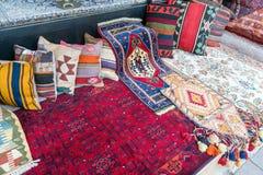 Παλαιοί τουρκικοί τάπητας και κουβέρτα στοκ φωτογραφίες με δικαίωμα ελεύθερης χρήσης