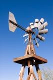 Παλαιός ανεμόμυλος Στοκ εικόνα με δικαίωμα ελεύθερης χρήσης