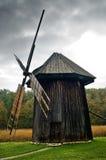 παλαιός ανεμόμυλος Στοκ Φωτογραφίες