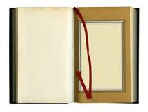 παλαιός βιβλίων που ανοί&gamm Στοκ φωτογραφία με δικαίωμα ελεύθερης χρήσης