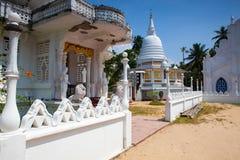 Παλαιός βουδιστικός ναός σύνθετος Sri Pushparama Maha Viharaya στοκ εικόνες