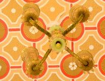 Παλαιός παλαιός διακοσμητικός λαμπτήρας που τίθεται στο παλάτι της Βαγκαλόρη στοκ εικόνα