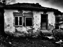 Παλαιός η καταστροφή σπιτιών τρομακτική Στοκ φωτογραφία με δικαίωμα ελεύθερης χρήσης