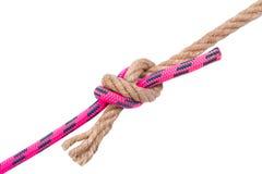 Παλαιός και νέος, δύο συνδεδεμένα σκοινιά στοκ εικόνα