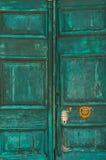 παλαιός κατασκευασμένος πορτών Στοκ φωτογραφία με δικαίωμα ελεύθερης χρήσης