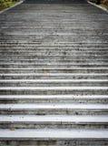 Παλαιός, μεγαλοπρεπής, μεγάλος, καταλήγοντας σύσταση σκαλών πετρών γρανίτη Στοκ εικόνες με δικαίωμα ελεύθερης χρήσης