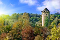 Παλαιός μεσαιωνικός πύργος κάστρων στοκ εικόνα