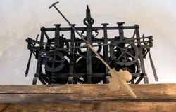 Παλαιός μηχανισμός με το χέρι ώρας Στοκ Φωτογραφίες