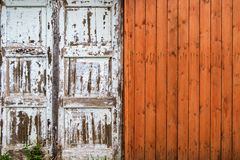 Παλαιός ξύλινος τοίχος αποφλοίωσης Στοκ εικόνες με δικαίωμα ελεύθερης χρήσης