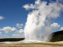Παλαιός πιστός, εθνικό πάρκο Yellowstone Στοκ φωτογραφία με δικαίωμα ελεύθερης χρήσης
