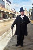 Παλαιός πλούσιος άνθρωπος στο ντεμοντέ κοστούμι Στοκ Φωτογραφία