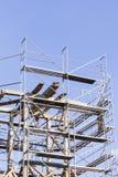 παλαιός πύργος κουδου&nu Αποκατάσταση του παλαιού πύργου κουδουνιών Υλικά σκαλωσιάς Στοκ Εικόνα