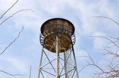Παλαιός πύργος νερού, αποθήκευση νερού στοκ φωτογραφία με δικαίωμα ελεύθερης χρήσης