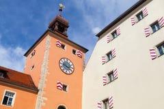 Παλαιός πύργος ρολογιών, είσοδος στο Ρέγκενσμπουργκ Στοκ φωτογραφία με δικαίωμα ελεύθερης χρήσης