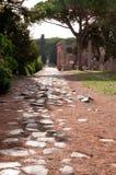 Παλαιός ρωμαϊκός τρόπος σε Ostia Antica Ρώμη Στοκ Εικόνες