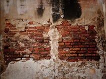 Παλαιός σπασμένος τοίχος. στοκ εικόνες με δικαίωμα ελεύθερης χρήσης