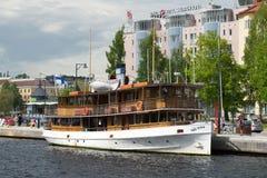 Παλαιός στενός επάνω ατμοπλοίων ` Paul Wahl ` επιβατών το ηλιόλουστο απόγευμα Ιουλίου Σκανδιναβία, Φινλανδία Στοκ Εικόνες