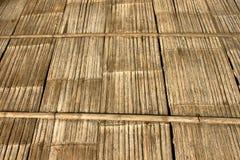 παλαιός τοίχος μπαμπού Και ξύλο πατωμάτων Στοκ Φωτογραφία