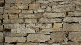 Παλαιός τοίχος πετρών σε ένα αρχαίο κάστρο απόθεμα βίντεο