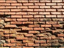 παλαιός τοίχος τούβλου Ανασκόπηση Grunge Στοκ φωτογραφία με δικαίωμα ελεύθερης χρήσης