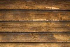 Παλαιός τραχύς σκοτεινός ξύλινος τοίχος Ξύλινο υπόβαθρο στοκ εικόνες με δικαίωμα ελεύθερης χρήσης