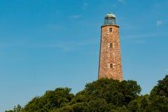 Παλαιός φάρος του Henry ακρωτηρίων στο Hill που αγνοεί την παραλία της Βιρτζίνια Στοκ φωτογραφία με δικαίωμα ελεύθερης χρήσης