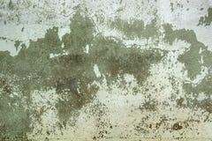 Παλαιός χαλασμένος τοίχος με το ραγισμένο χρώμα στοκ εικόνες