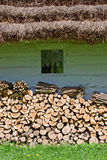 παλαιός woddpile καλυβών Στοκ Εικόνα