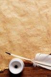 παλαιό έγγραφο φτερών inkwell Στοκ Εικόνες