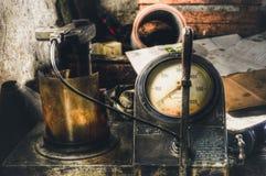 Παλαιό αέριο που μετρά το ρολόι Γίνοντας στην τεχνική HDR στοκ φωτογραφίες με δικαίωμα ελεύθερης χρήσης