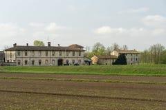 Παλαιό αγρόκτημα κοντά στην Παβία, Ιταλία στοκ φωτογραφίες