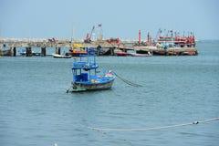 Παλαιό αλιευτικό σκάφος συντριμμιών αλιευτικών σκαφών Στοκ φωτογραφία με δικαίωμα ελεύθερης χρήσης