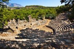 Παλαιό αμφιθέατρο Phaselis σε Antalya, Τουρκία Στοκ εικόνα με δικαίωμα ελεύθερης χρήσης