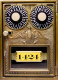 παλαιό διαμορφωμένο κιβώτιο κλείδωμα παλαιό Στοκ Εικόνα