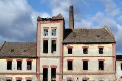 Παλαιό εγκαταλειμμένο εργοστάσιο Στοκ εικόνες με δικαίωμα ελεύθερης χρήσης